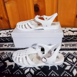 Steve Madden Sandals Size 9 new in box